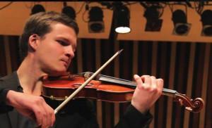Victor Beyens playing Violin